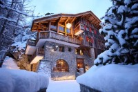 Featured thumb for Luxurious Ski Chalet For Sale In Val d'Isere, France