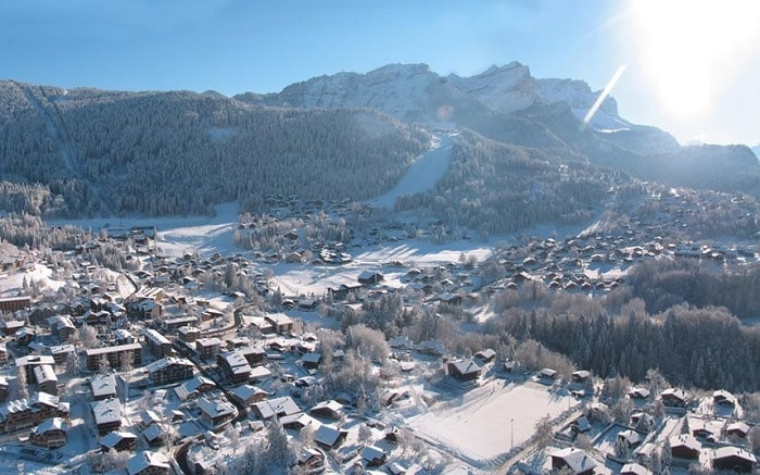 Les Carroz ski resort France