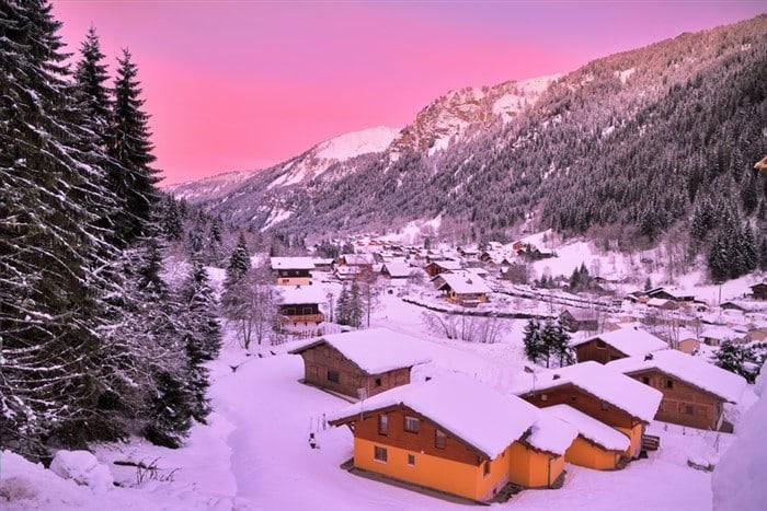French skiing resorts