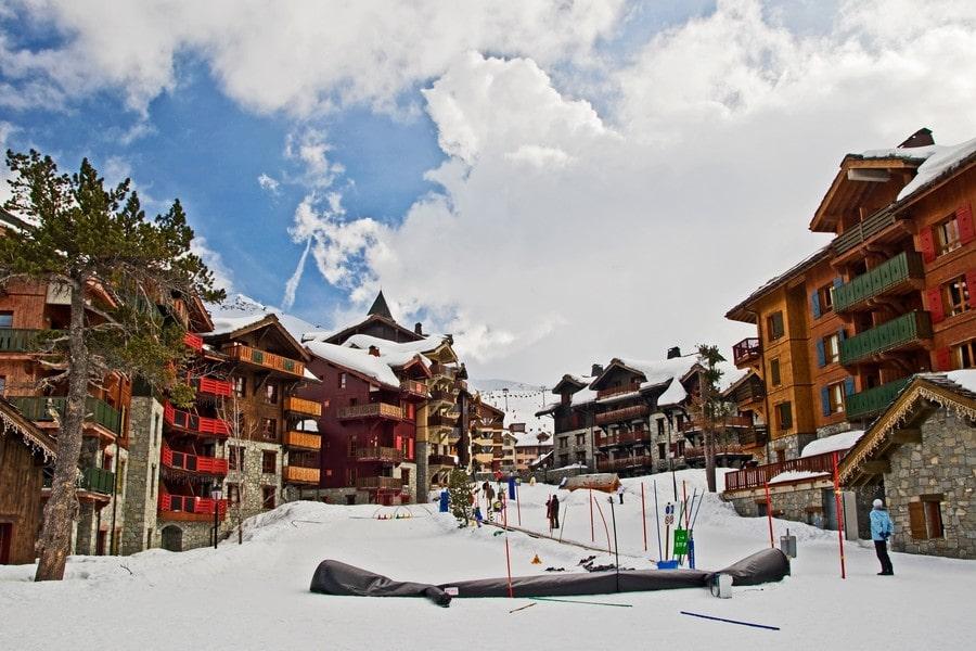 skiing tourism