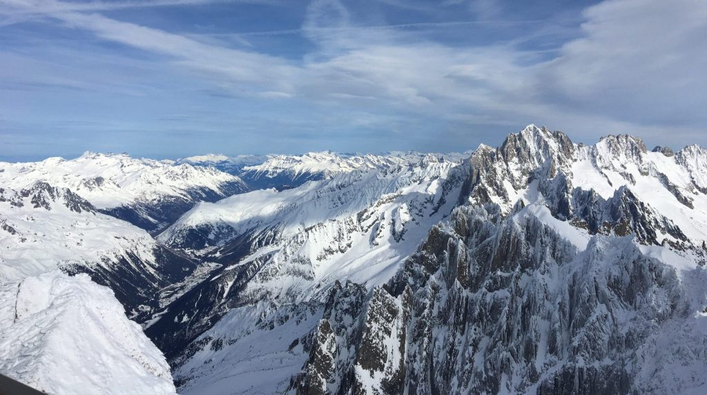 How to Find a French Mortgage Broker: Buying in the French Alps