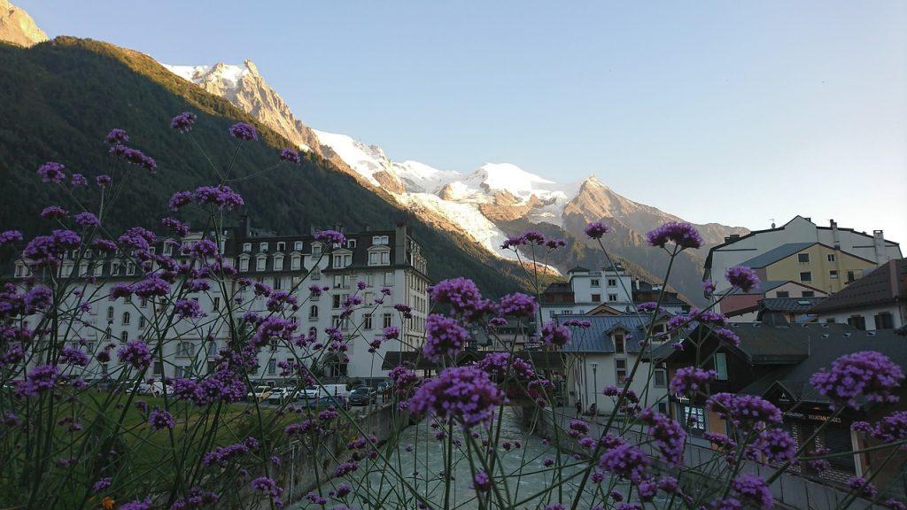 Best Places to Buy a Ski Property: Chamonix