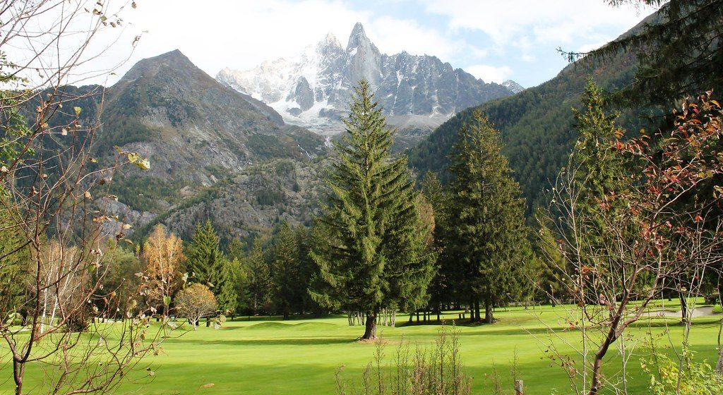 Where to Buy a Ski Property with Great Golfing