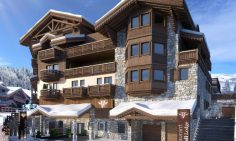 Four Bedroom Ski Apartments For Sale In Courchevel 1650