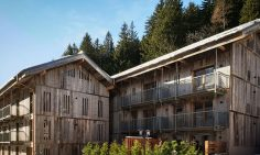 Four Bedroom Ski Chalets For Sale In Argentiere, Chamonix